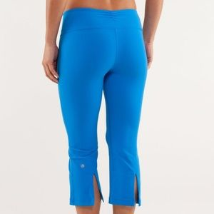 Lululemon Blue Gather & Crow Crop